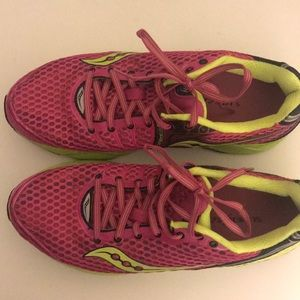 Triumph 10 Running shoes with Superfeet inserts.